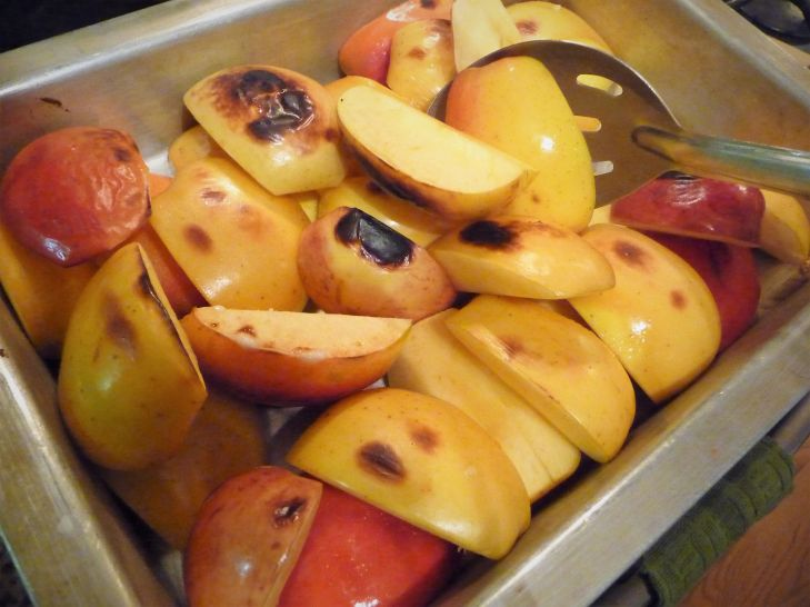 No Refined Sugar or Syrup? I'm on a mission to get rid of empty calories. This dessert doesn't use any refined sugar, maple syrup, or other refined sweetener. The broiler caramelizes the natural sugars in the apples for plenty of sweetness