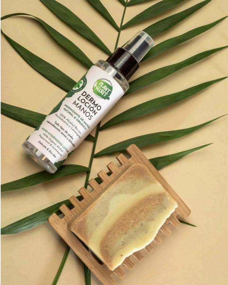 Spray higienizante y jabón naturales