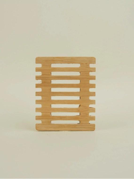 jabonera de bamboo