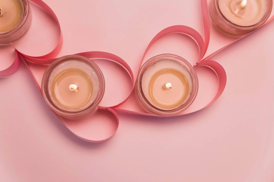 Heart Candles as Valentines Day Office Décor