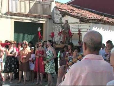 Procesión de Santa Marina en Aceituna con el tamborilero tío Vicente Gacía / Foto: Canchalera