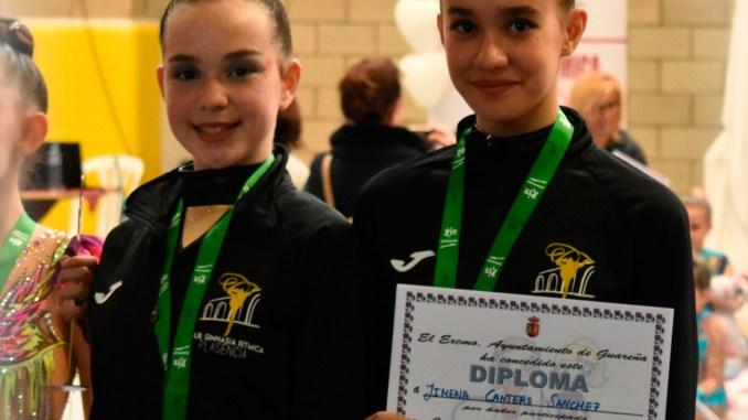 Doble medalla en el estreno en competición oficial