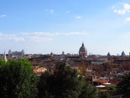 Desde los jardines cerca a la Villa Medici