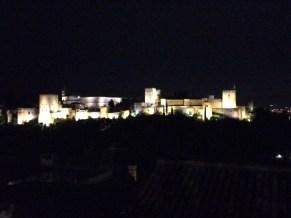 La Alhambra de noche desde el Albaicin
