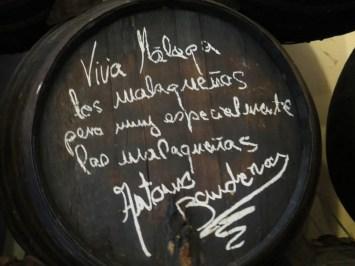 Tonel firmado por Antonio Banderas