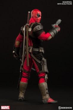 deadpool-sixth-scale-marvel-100178-04