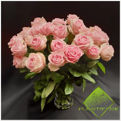 Bouquet Roses variées ©Plastiflor