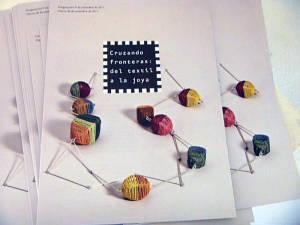 Cruzando fronteras: del textil a la joya ,Fondo Nacional de las Artes Buenos Aires Argentina