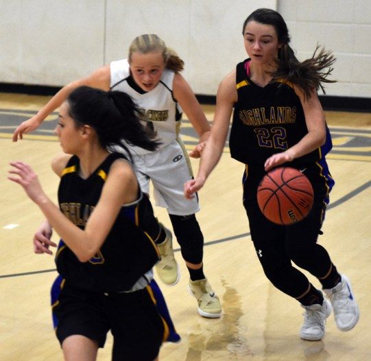 Highlands.Hayesville.basdketball (17)