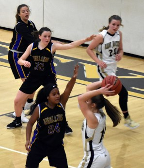 Highlands.Hayesville.basdketball (3)