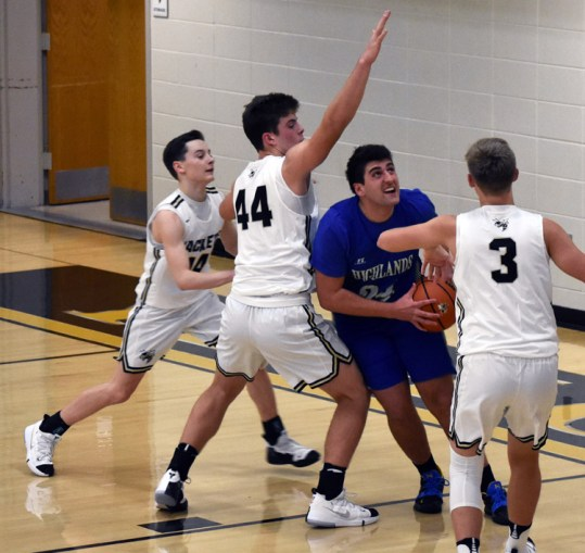 Highlands.Hayesville.basketball.varsity (47)