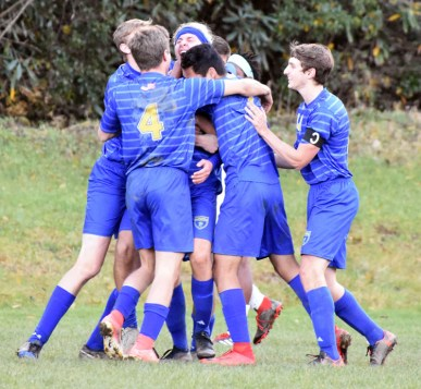 Highlands.Soccer.varsity (64)