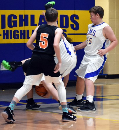Highlands.basketball.MS.boys (64)