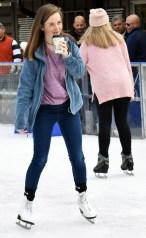 Ice.skating.11.18 (47)