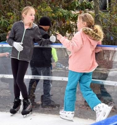 Ice.skating.11.18 (54)