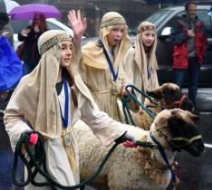 Christmas.parade.Highlands (25)