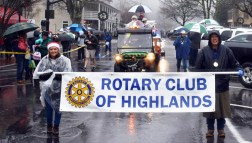 Christmas.parade.Highlands (79)