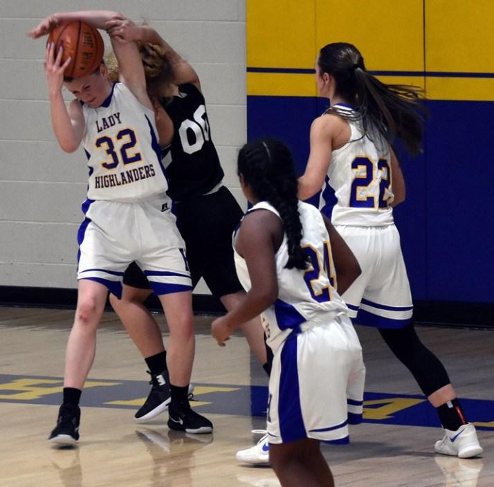 Highlands.Franklin.basketball.JV-23.jpg