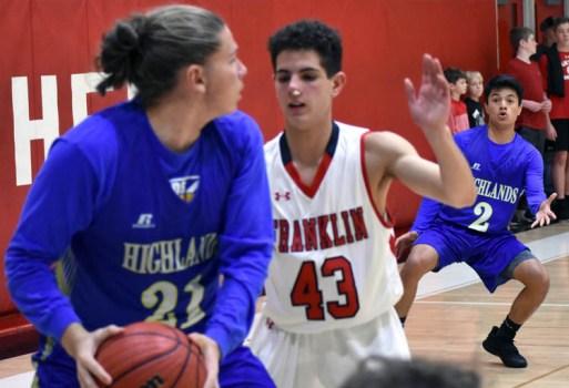 Highlands.Franklin.basketball.Vboys (40)
