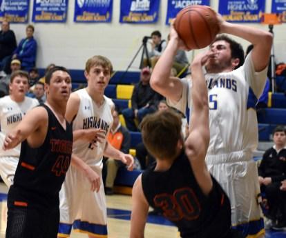 Highlands.Rosman.basketball.V (22)