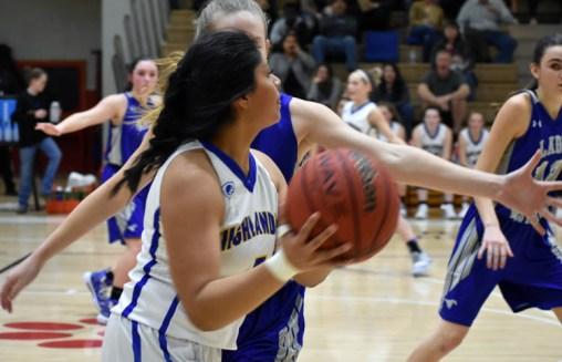 Highlands.Smokey.Mtn.basketball.V.girls (11)