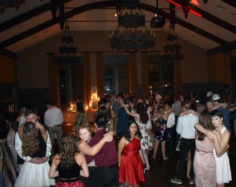 Homecoming.Dance.Highlands (52)