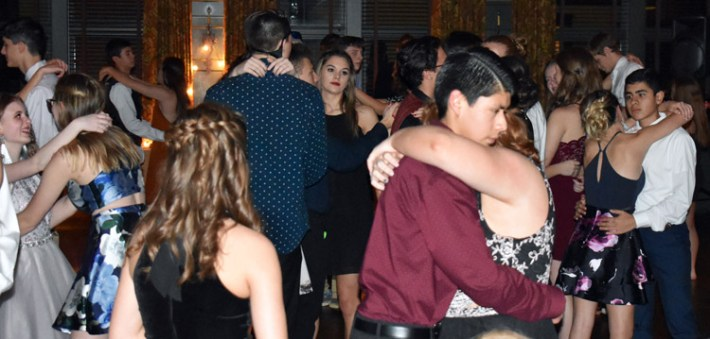 Homecoming.Dance.Highlands (53)