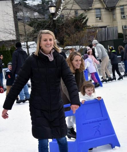 Ice.skate.Xmas.promo (4)