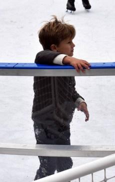 Ice.skate.Xmas.promo (7)