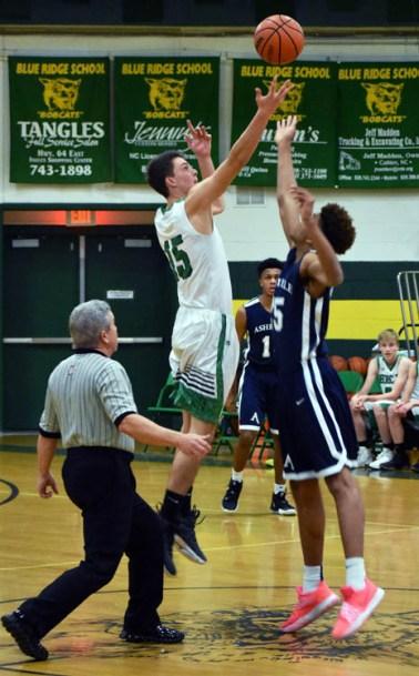 Blue.Ridge.Asheville.basketball.V (4)