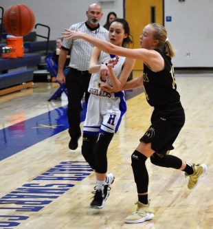Highlands.Hayesville.basketball.JV (10)