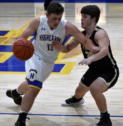 Highlands.Hayesville.basketball.V.boys (12)