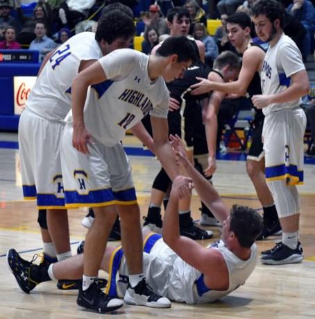 Highlands.Hayesville.basketball.V.boys (37)