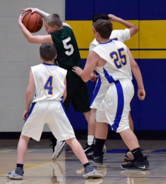 Highlands.Summit.basketball.MS.boys (4)