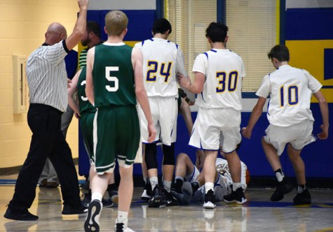 Highlands.Blue.Ridge.basketball.JV.boys.sr.nite (7)