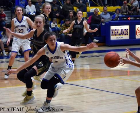 Highlands.Gray.basketball.V.girls (22)
