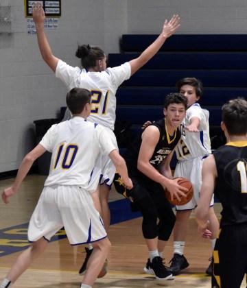 Highlands.Murphy.basketball.JV.boys (6)