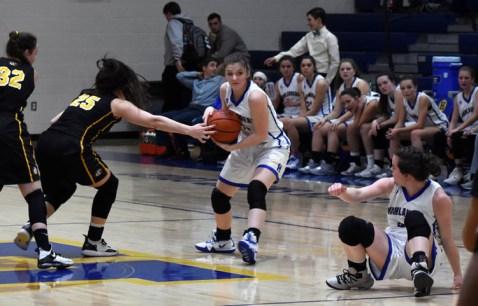 Highlands.Murphy.basketball.V.girls (8)