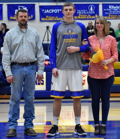 Senior.Night.Highlands (7)