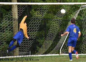 Highlands.E.Henderson.soccer.V (40)