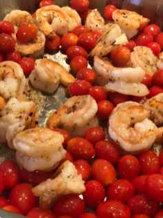 cooked shrimp with tomatoes