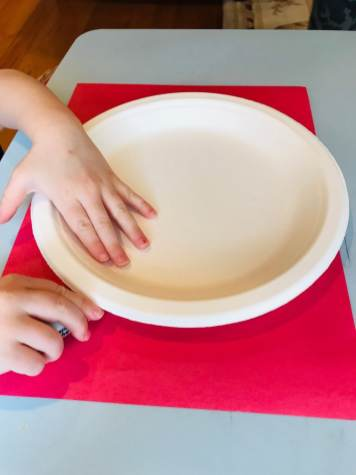 tracing white plate