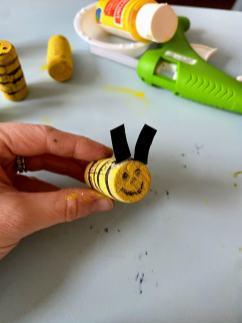 honeybee with antenna