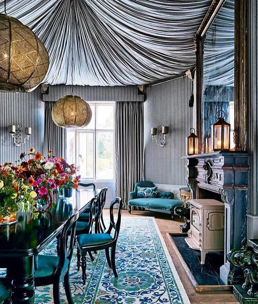 tented-ceiling-dining