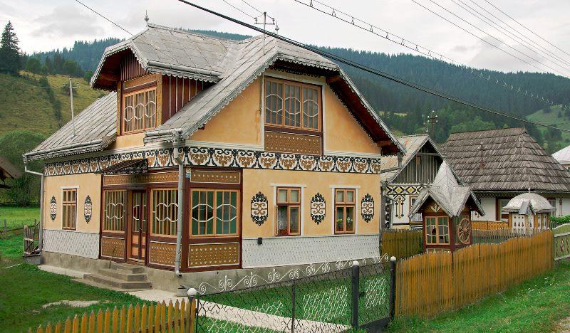 casa încondeiată din comuna Ciocăneşti, judeţul Suceava, bucovina
