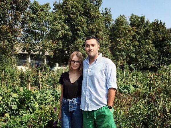 Alexa și Radu, la a lor Fermă Sibioara