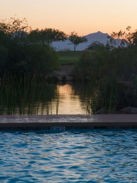 Sunset at Phoenix Sheraton Resort and hawaiian Tropic