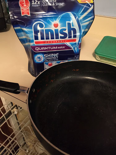No need to pre-rinse with Finish® Powerball®