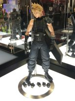 Square Enix SDCC 2016 Play Arts KAI Final Fantasy VII Remake Cloud Strife