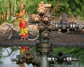 Shell hit with $1bn US lawsuit over Nigeria pollution